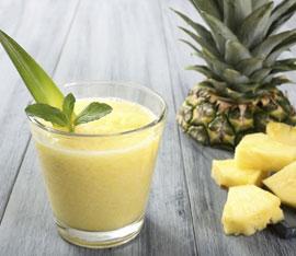 centrifugato drenante ananas e cetrioli